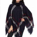Poncho tricotat cu model