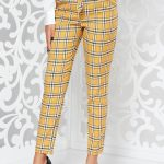 Pantaloni cu carouri dama