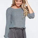 Pulover gri tricotat