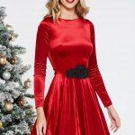 Rochie din catifea rosie